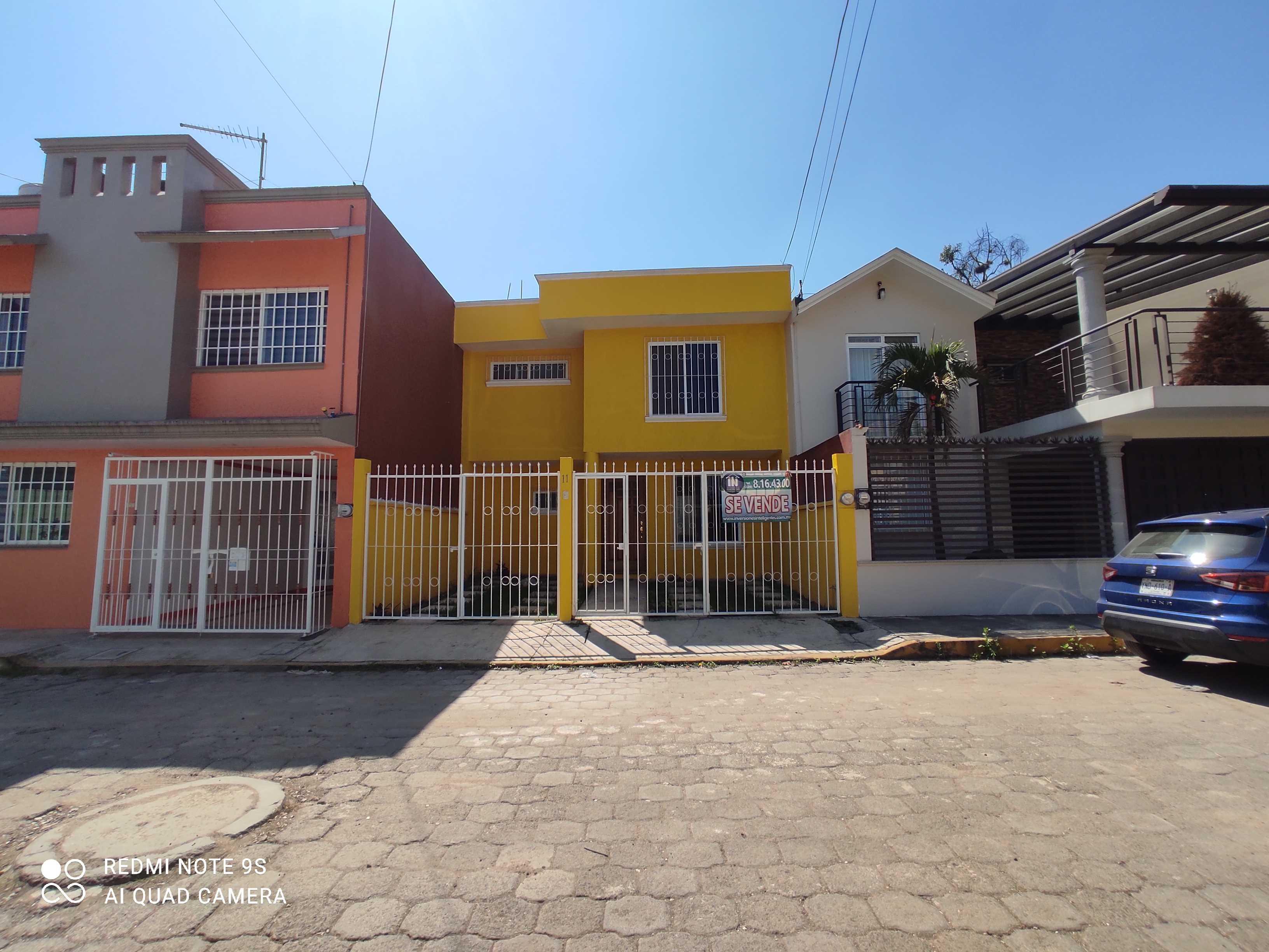 VENTA CASA COATEPEC FRACC  RIOS DE COATEPEC, TRES RECAMARAS,ESPACIOSA, A 3 MIN DE CHEDRAUI